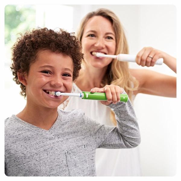 Oral-B PRO Junior 6+ | Szczoteczka elektryczna z technologią 3D Action dla dzieci w wieku od 6 lat | kolor zielony