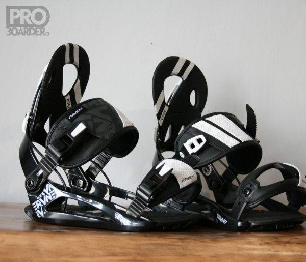 Wiązania snowboardowe Raven s250 (black) 2019