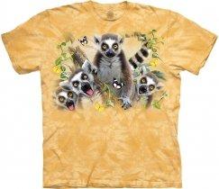 Lemur Selfie - The Mountain