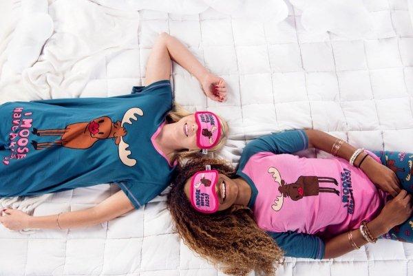 Moose Kiss Nightshirt - Koszula Nocna - LazyOne