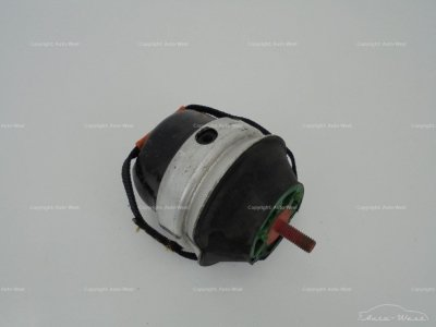 Aston Martin DB9 DBS Virage Gearbox transmission hydromout bracket