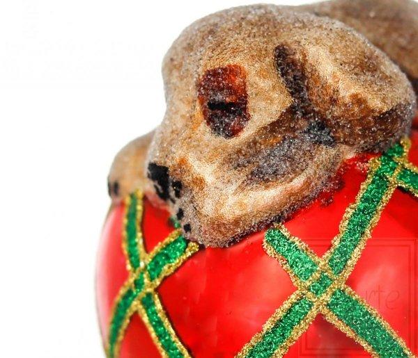 pies bombka na choinkę