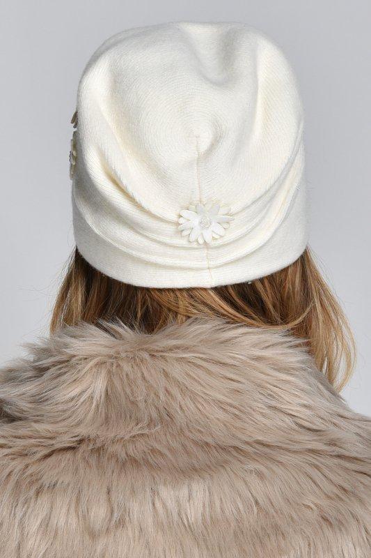 Kamea Ernesta czapka