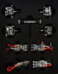 Zestaw napędowy Hobbywing XRotor 2205 2600 kV + 30A Micro BLHeliS