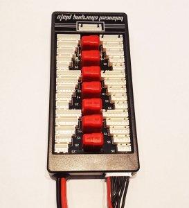 Para-Board DeansT 6 akumulatorów / 6 cel równoległe ładowanie nawet 6 akumulatorów
