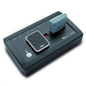 Programator O-BOX do kontrolowania i zarządzania bazą danych z wykonanych instalacji.
