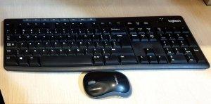 UŻYWANY Zestaw bezprzewodowy klawiatura + mysz Logitech MK270