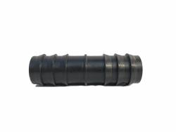 Przelot plastikowy wciskany na wąż fi 32mm