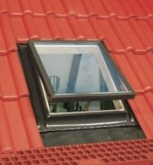 Wyłaz Dachowy OPTILOOK  46x75+KOŁNIERZ
