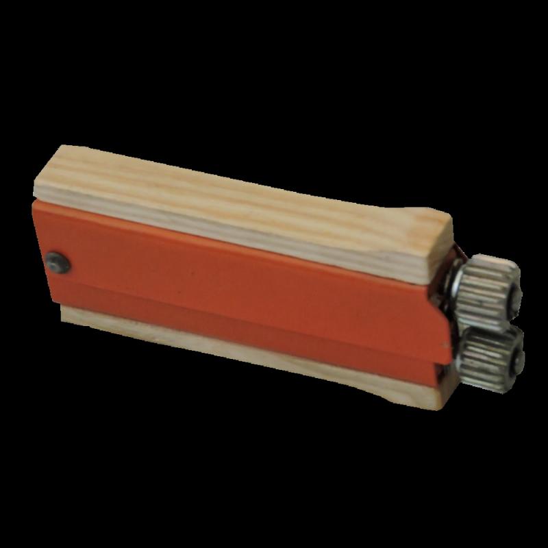 Karbownik - napinacz drutu w ramce