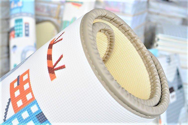 Dwustronna mata piankowa XXL (180x150cm) - rulon 2 cm (droga i las z misiem)