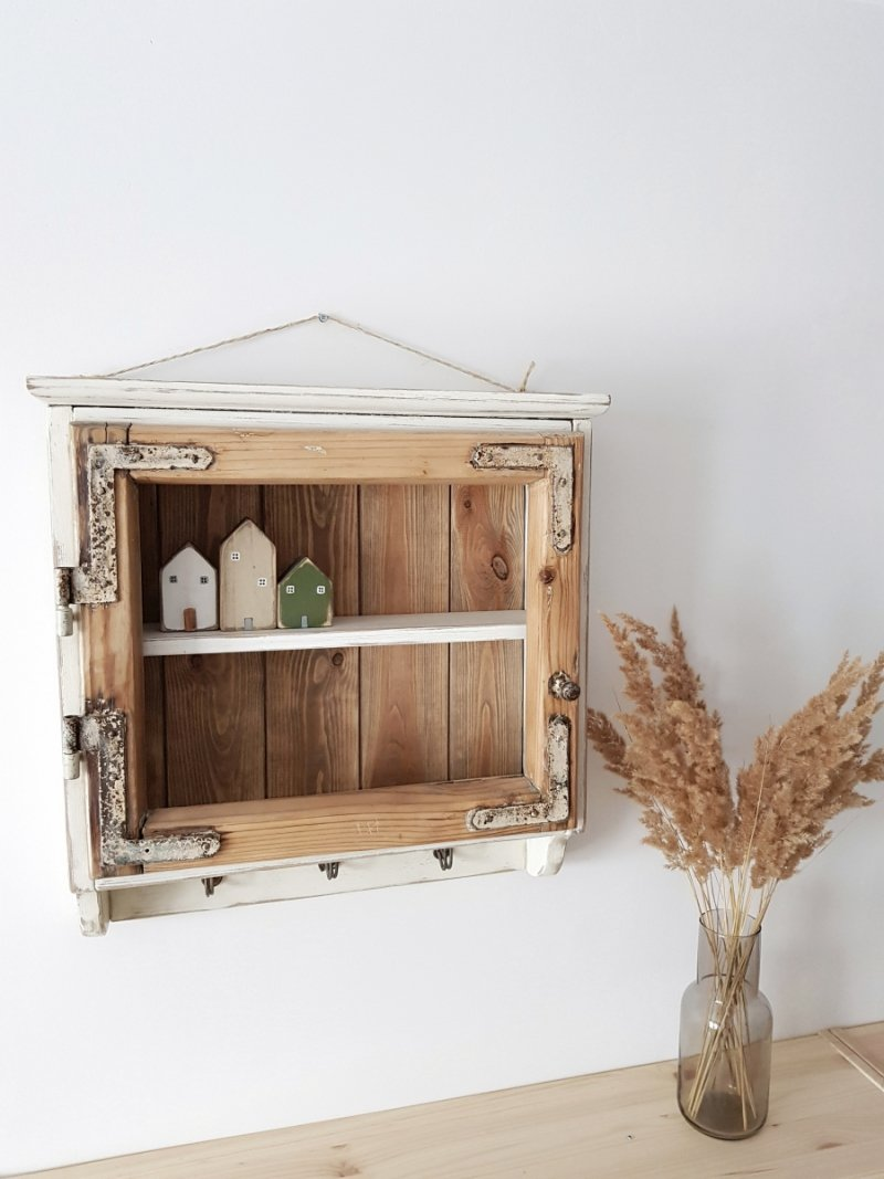 Półka stara rama okienna