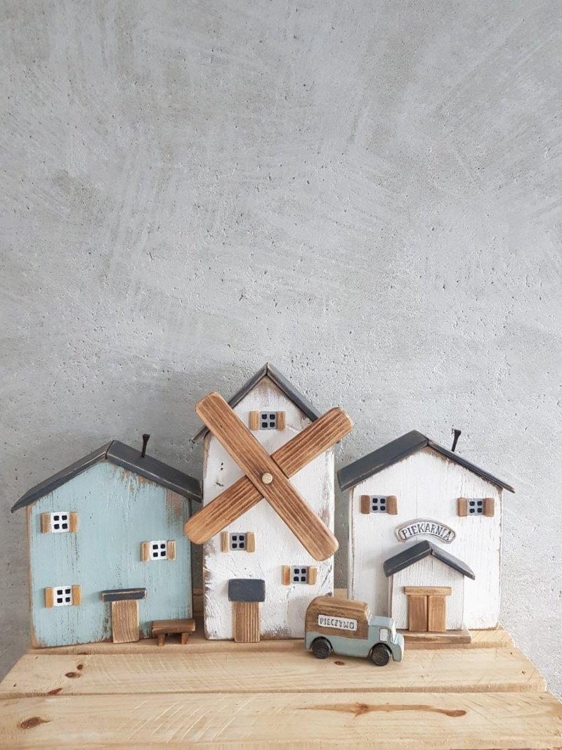 Drewniany domek piekarnia