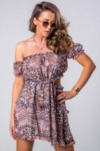 tiulowa sukienka z hiszpańskim dekoltem i rozcięciami na plecach