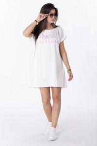 t-shirtowa sukienka z haftem