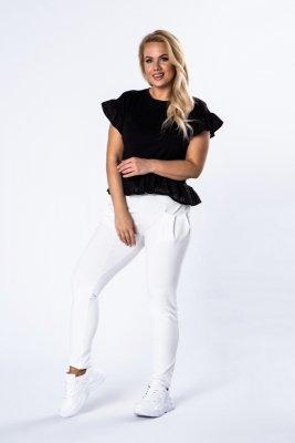 Spodnie o sportowym kroju z lekko a'la bufiastymi kieszeniami