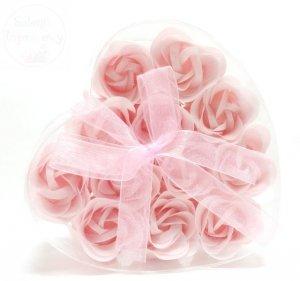 Serduszko z płatkami mydlanymi Mega - różowe