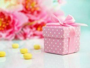 Pudełeczka dla gości z różowe z kokardką 10 szt