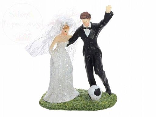 Figurka Para Młoda z piłką nożną 14cm PF31
