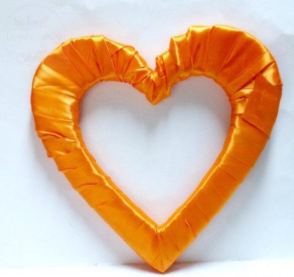 Serce styropianowe duże w kolorze pomrańczowym
