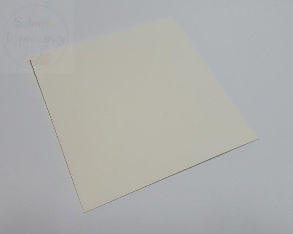 Koperta ecru 120g  kwadratowa 15,5x15,5 cm