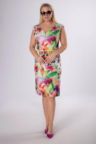 ołówkowa sukienka z paskiem