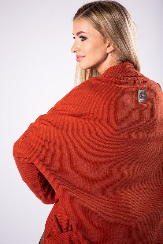 długi sweter z  kieszeniami