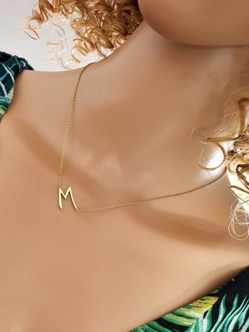 1868 Złoty łańcuszek celebrytka literka M naszyjnik stal chirurgiczna