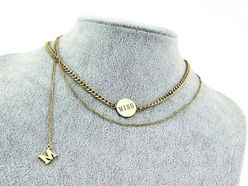 1590 Złoty łańcuszek celebrytka literka M naszyjnik stal chirurgiczna