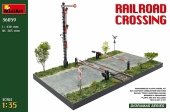 Miniart 36059 Railroad crossing (European Gauge Railway tracks) 1/35