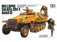 Tamiya 35195 German Mtl.SPW SDkfz.251 Ausf D Halftrack (1:35)