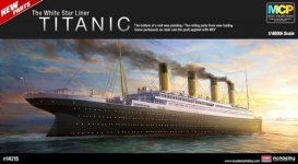 Academy 14215 The White Star Liner TITANIC (1:400)