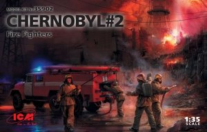 ICM 35902 Chernobyl#2. Fire Fighters (AC-40-137A firetruck & 4 figures & diorama base with background) 1/35