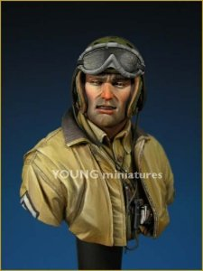 Young Miniatures YM1808 U.S. TANK CREW Europe WWII 1/10