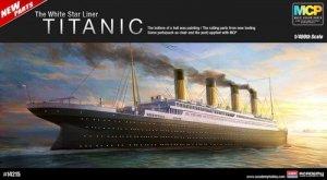 Academy 14215 The White Star Liner TITANIC (1:400)