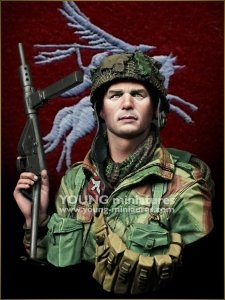 Young Miniatures SL005 WWII BRITISH PARA - Red Devil