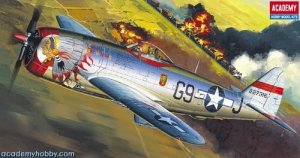 Academy 12491 P-47 D Thunderbolt Bubble-Top (1:72) (2174)