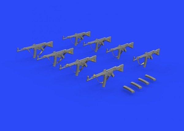 Eduard 635013 StG 44 assault rifle 1/35
