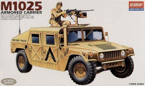 Academy 13241 M-1025 Hummer (1:35)