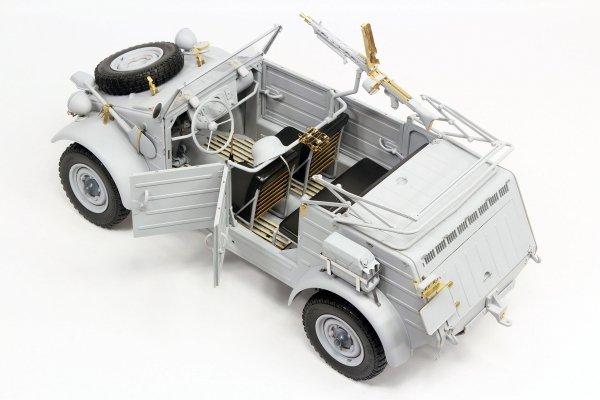 Revell 03500 Kübelwagen Typ 82 Platinum Edition 1/9