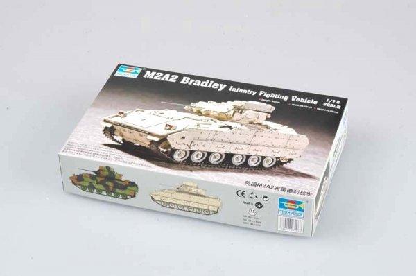 Trumpeter 07296 M2A2 Bradley Fighting Vehicle (1:72)