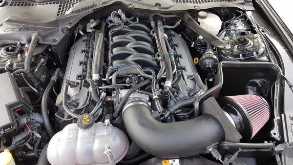 JLT Dolot powietrza / filtr Ford Mustang 2015-17 V8 GT