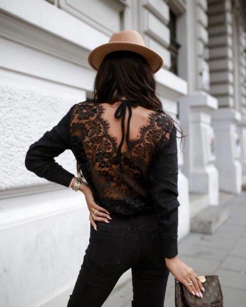 Pullover, donna con schiena scoperta - Maglione nero, con inserti in pizzo -  Gogolfun.it