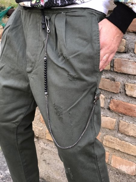 Pantaloni uomo, particolari verde militare - Pantaloni uomo, cropped - Gogolfun.it