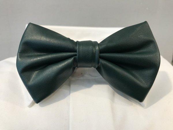 Papillon verde in ecopelle - Farfalla elegante - cravattino pre annodato -  Shop Gogolfun.it