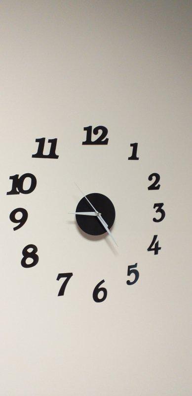 Zegar Ścienny czarny 12 godzin