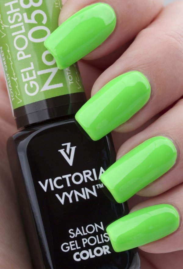 058 Totally Green Lakier Hybrydowy Victoria Vynn Gel Polish