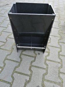 Autokarmnik AP2P dwustanowiskowy jednostronny dla prosiąt