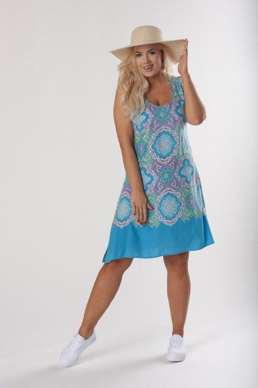 sukienka o trapezowym kroju z odkrytymi ramionami i rozcięciami po bokach
