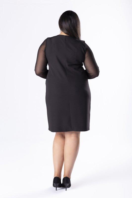 dopasowana sukienka z tiulowymi rękawami